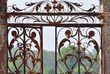 Brama i drzwi