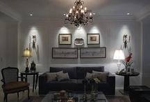 Salas / Salas com molduras nas paredes