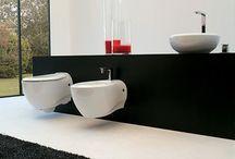 Sanitari Bagno Sospesi / Wall hung sanitary ware / Ampia scelta di sanitari bagno sospesi delle migliori ceramiche italiane.