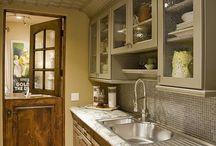Kitchen / by Stephanie Wolff