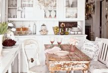 Cottage Chic / by Ellie Blanchard