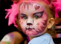 Children's Face Paint / Find inspiration for painting your little one's faces! Face painting is loved by all children and it is the perfect activity for a birthday party.   We sell Snazaroo face paint which is the safest and best quality face paint on the market so once you have found the perfect design make sure you take a look at our website.
