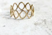 WEDDING: jewelry & rings / by Karla Marie