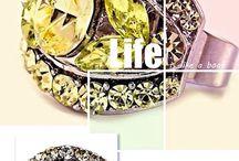 <3 Gyűrűk <3 / Az igazi női kéz elmaradhatatlan kelléke egy csillogó gyűrű! ;-)