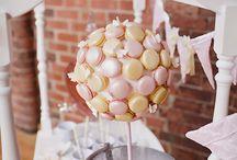 Macarons Presentation  / by G A