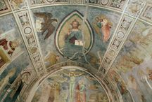Virtual tour - Sala Ia. Oratorio di Mocchirolo. / La piccola sala, inaugurata nel 1950, ripropone nelle sue proporzioni e nel suo aspetto, il trecentesco Oratorio di Mocchirolo fatto affrescare dalla nobile famiglia dei conti Porro a Lentate sul Seveso in Brianza.