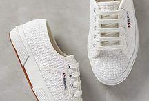 On shoes / Zapatos que casan con nuestro estilo