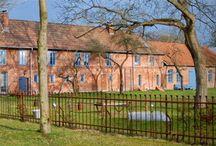 Seminarhäuser in Niedersachsen / Als Urlaubsland hat Niedersachsen eine Menge Pfunde, mit denen es wuchern kann. Das zweitgrößte Bundesland, das im Norden an die Nordsee grenzt und an dessen Küsten sich ebenso wie auf den Ostfriesischen Inseln alljährlich Tausende von Urlaubern erholen und die frische Brise der Nordsee genießen, ist ein wahres Paradies für Naturliebhaber.
