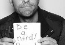 Nerds gotta nerd / Sometimes a nerd just gotta nerd.  / by Aline Mello