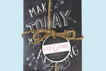 Lily & Val / Lily & Val es la marca de la famosa artista inglesa de lettering sobre pizarra, Valerie McKeehan, reconocida internacionalmente y con una proyección cada día mayor.  En Cuquiland distribuimos algunos de sus productos en España