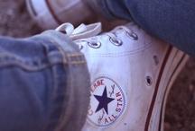 Vaatteita ja kenkiä