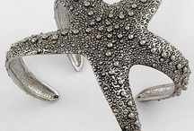 fashion accesories / by Amie Hojnacke