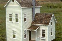 Tiny doll houses