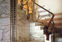 Staircase / steps, stairwell, banister, spindles, grand, floating