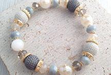 bracelets glass beads