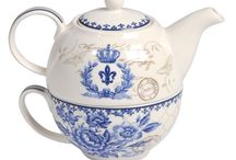 Ceainice /   Savurează-ţi ceaiul preparând-ul în ceainice cu stil: ceainice retro, ceainice vintage, ceainice rustice, ceainice ceramice, ceainice de porţelan, accesorii bucătărie pentru ceai, ceainice cu ceaşcă sau chiar seturi ceai. Aici găseşti o gamă diversificată de accesorii bucătărie pentru servirea ceaiului.