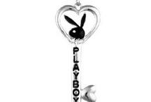 Playboy náhrdelníky