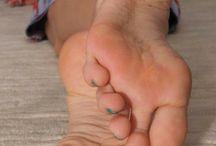 aux pieds