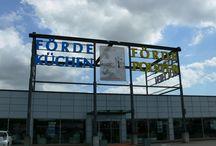 Unsere Filialen + Service-Center / 3 x in Schleswig-Holstein Flensburg • Kiel-Schwentinental • Siek