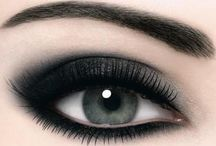 Eyes / by Felicity Lao