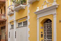 """America Central - Puerto Rico - Portoryko / San Juan / Portoryko (hiszp. Puerto Rico – """"bogaty port"""") – terytorium zorganizowane nieinkorporowane Stanów Zjednoczonych o statusie wspólnoty (US Commonwealth), leżące na wyspie o tej samej nazwie (i kilku mniejszych wyspach) w Ameryce Środkowej, nad Oceanem Atlantyckim i Morzem Karaibskim."""