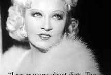 MAE WEST BLONDE BOMBSHELL