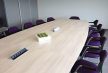 Flex / Elégante et robuste la gamme de sièges de réunion ou conférence FLEX se distingue également par son excellent niveau de confort. Dessiné pour s'intégrer naturellement dans les nombreux lieux de l'entreprise permettant de travailler, se réunir ou se détendre, FLEX répond à tous les besoins de polyvalence en valorisant subtilement salle de conférence, bureau de Direction, espace d'attente, lieux d'habitat…