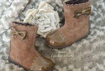 Botas para niñas / Botas de niña  #calzadoinfantil #modainfantil #kidshoes #fashionkids #kidsfashion #botas #botines #ninas #kids