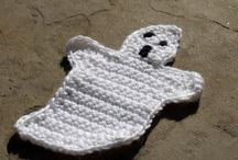 Halloween / This board will have free and paid pattern all related to Halloween that are made using crochet