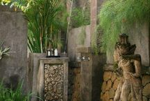 Beautiful and inspiring outdoor showers