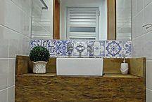 Pequenos banheiros