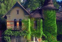 Beautiful Houses / by Bewitching I.V.