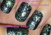 Wedding Fireworks Nails / Paint your nails with the sparks of love with these amazing firework themed nails
