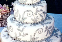 Cakes / by Victoria Solis