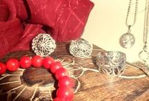 Joyas para regalar en San Valentín / Joyas para San Valentín. Crea tu Lista de Deseos en la web y mándasela a tu San Valentín ;-) http://www.elrincondemisalhajas.com