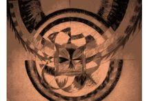 Auto retrato_abril de 2015 / Auto retrato: Los símbolos que representan mi cotidianidad hoy, en un tono sepia constante, con diferentes planos que son las mis miradas de los objetos. Construido a partir de los objetos simples que habito y me habitan. La música tumare mantra que hoy fortalece mi paciencia y la comprensión de la humanidad.