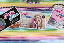 Mottoparty Einladungskarten zum selbst gestalten / #Mottoparty #Einladung #Karte, #70er #80er, #70s #80s #Hippie, #FlowerPower, #Dicso, #Party, #Peace #Love https://www.artebene.de/geburtstagskarten-mottoparty.html