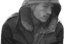 R.I.P Hot & Talented..Heath Ledger <3