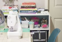 Craft and Sewing Spaces / a collection of enviable creative spaces for sewing painting and crafting masterpieces