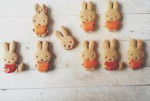 biscuits jolis / by Caroline P