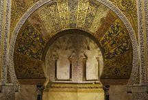 Córdoba (España) / Una noche en la Mezquita de Córdoba (Andalucía, España): realizamos una visita nocturna a uno de los edificios más espectaculares del mundo y te lo contamos todo en www.espressofiorentino.com