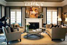 Гостиной интерьер фото / Дизайн гостиной большой маленькой квадратной прямоугольной узкой с эркером