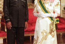 Anglická  královna   a  celebrity