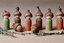 acorns, pinecones and leaves