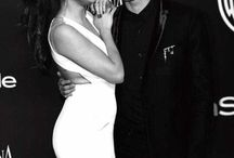 Séléna Gomez / La célèbre chanteuse Séléna Gomez est la préférée de Ma Best et je la représente dans ses photos.