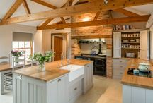 Perfectly Practical / The owners of this period property just couldnt find a way to put their own personal stamp on their new kitchen without choosing between and design and functionality. Luckily, Hill Farm was able to offer a perfectly practical solution that doesn't compromise on style or space.