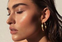 Natural Beauty / Looks that let the real you shine.