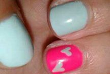 Nails / Nail design.