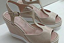 Giakas Shoes / Γυναικεία & αντρικά παπούτσια