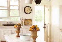 Kitchen Decor / by Kathleen Ivan